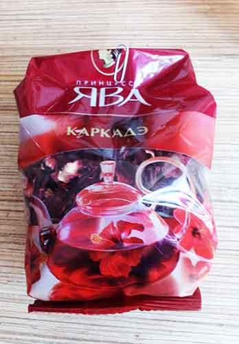 Чайный напиток из лепестков суданской розы (каркадэ)